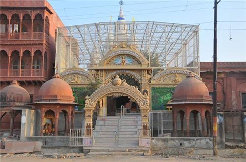 Imlitala Mandir in Vrindavan
