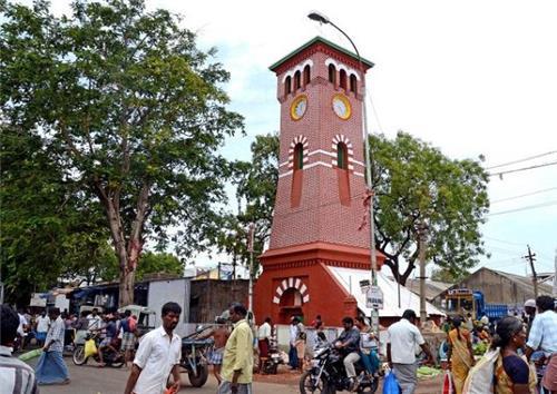 Memorial near Gandhi Market in Trichy