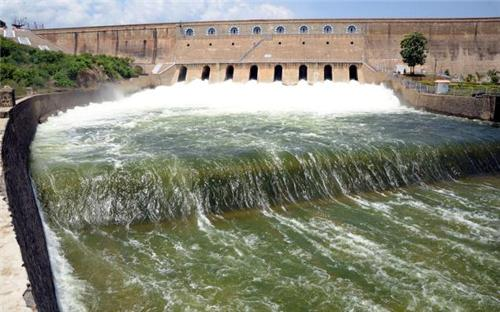 Mettur Dam in Salem