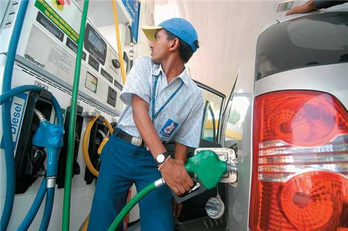 Petrol Pumps in Salem