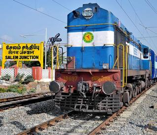 Trains from Salem