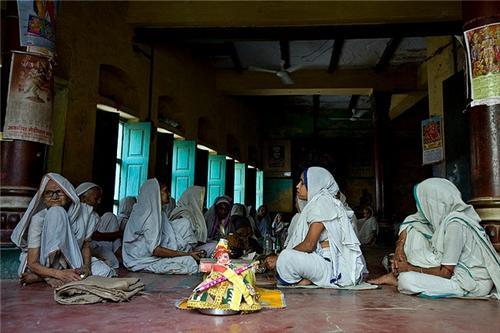 Women Welfare Society in Vrindavan