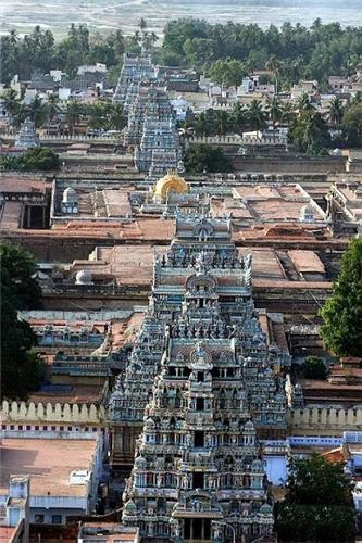 Srirangam Temple Gopurams
