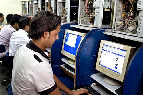 Internet Cafe Shops in Darbhanga