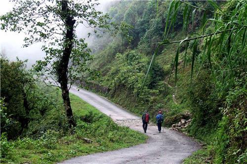Backpackers Trekking at Tiger Hill in Darjeeling