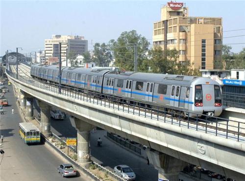 Delhi Metro travel