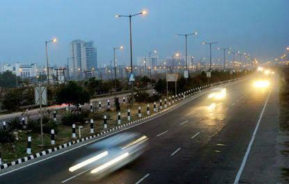Gurgaon Delhi expressway