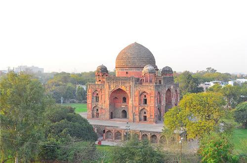 Khan i Khanan Tomb of Delhi