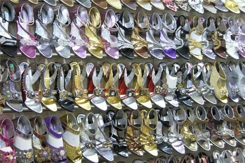 Shoe market in Delhi