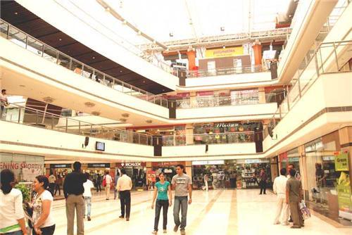 Malls in Laxmi Nagar