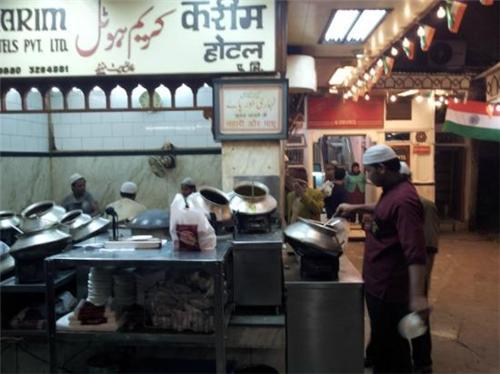Midnight Eating in Delhi