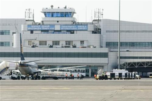 Flights from Delhi to Mumbai
