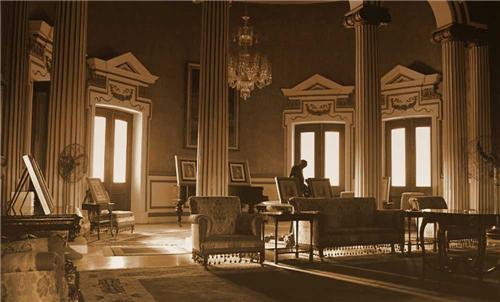 Exclusive Library at Raj Niwas Palace Resort in Dholpur