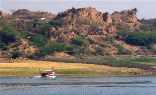Tour of National Chambal Sanctuary in Dholpur
