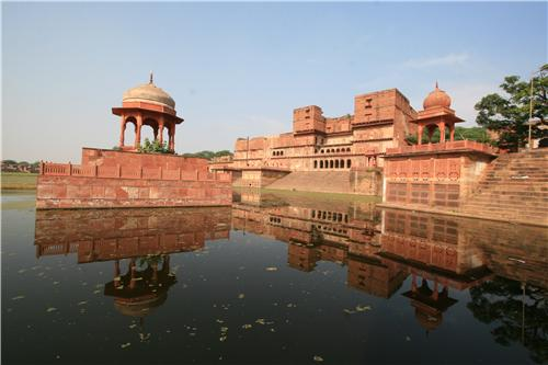 Mesmerizing View of famous Teerthraj Machkund in Dholpur