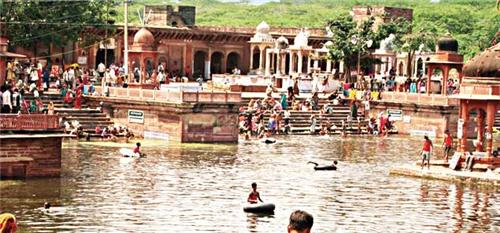 Activities at Teerthraj Machkund in Dholpur
