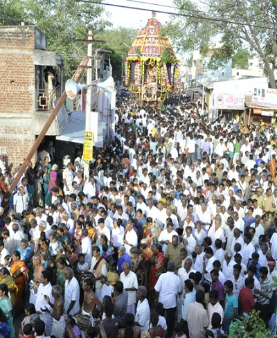 Car Festival at Thadikombu Perumal Temple