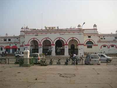Local Transport in Faizabad