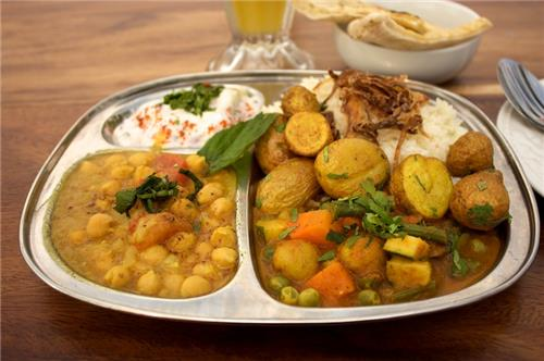 Vegetarian thali in ferozepur