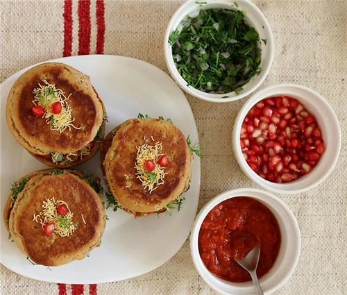 Kutchi Food in Gandhidham