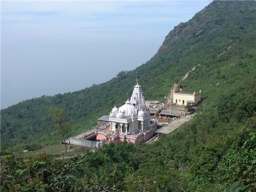 Tourist places in Parasnath Hills