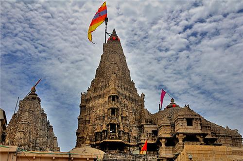 Dwarkadhish Temple in Dwarka