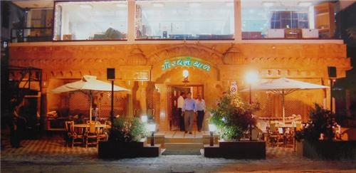Restaurant in Ahmedabad