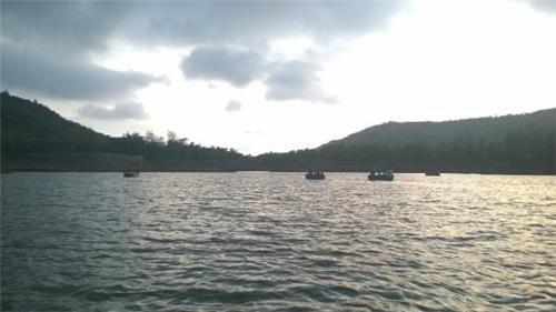 Boating in Saputara Lake