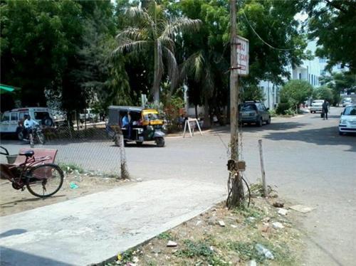Near Jayaben Modi Hospital