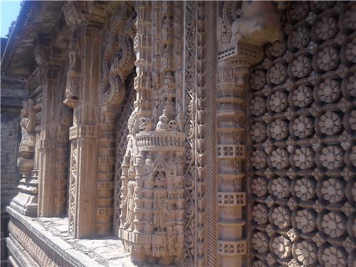 Darbargadh in Dhoraji