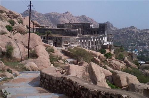 Tourism in Idar