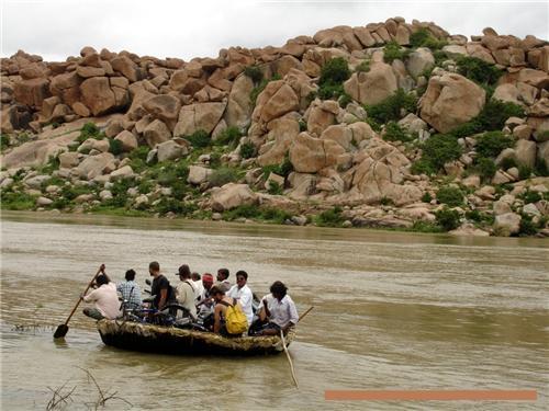 Boat travel in Hampi
