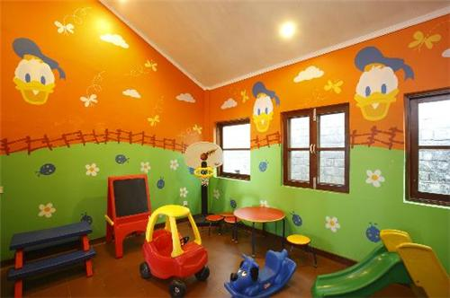 Facilities and activity center for kids at Baikunth Resort in Kasauli