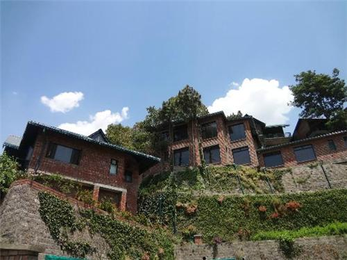 Panoramic View of Baikunth Resort in Kasauli