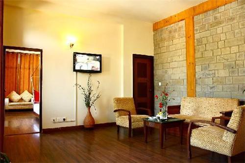 Grandeur Stay at Hotel Kasauli Regency