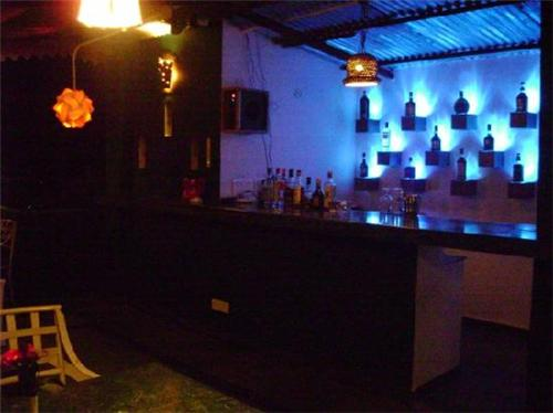 Restaurant and Bar Facility at Kasauli Regency