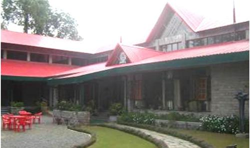 Well Known Kasauli Club