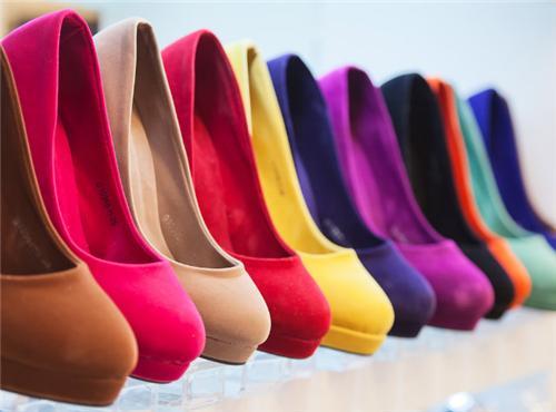 Footwear Stores in Hindaun