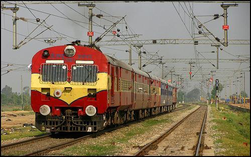 Major trains at Hoshiarpur Railway Station