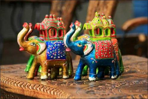 Popular items to buy in Indore