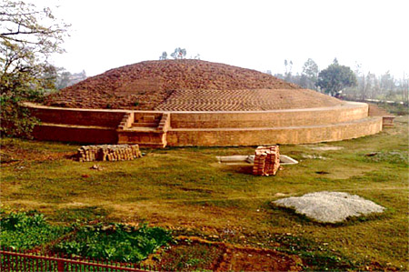 Stupa in Chaneti