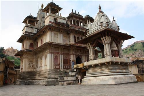 Shri Jagat Shiromani Temple in Jaipur