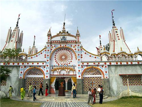 How to reach famous temple of Devi Talab in Jalandhar