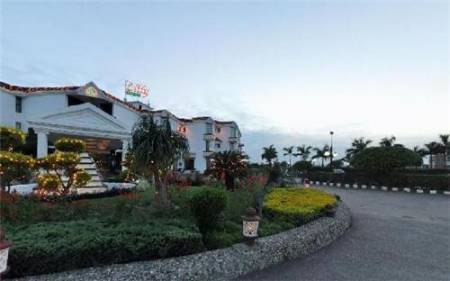 The Famous Grand Lilly Resorts in Jalandhar