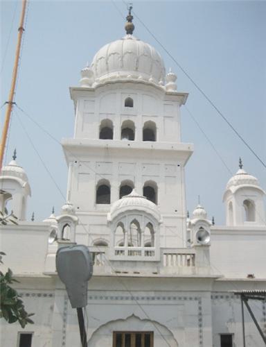 Ancient and spendid Gurudwaras in Jalandhar