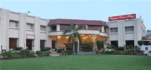 Famous 3 star Regent Park Hotel in Jalandhar