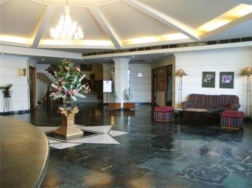 Address of Regent Park Hotel in Jalandhar