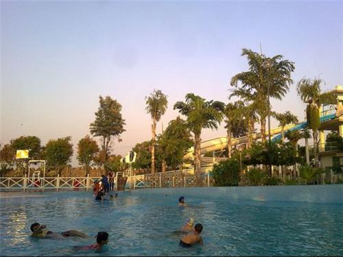 Attractions offered at Wonderland Amusement Park in Jalandhar
