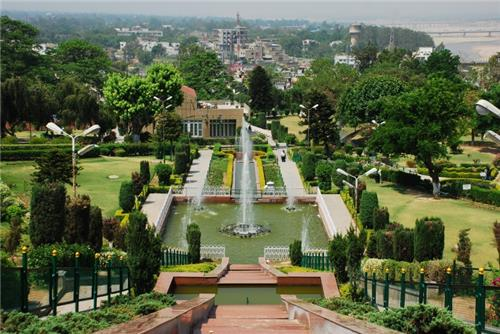 Beauty and Natural Phenomenon of Bagh-e-Bahu Garden in Jammu