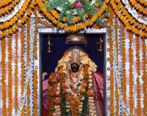 Temple of Maihar Devi in Jaunpur